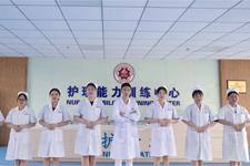 当白衣天使,做健康的守护者,岭南现代技师学院护理专业