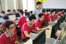 程序员的优势你知道吗?岭南现代技师学院带你一探究竟!
